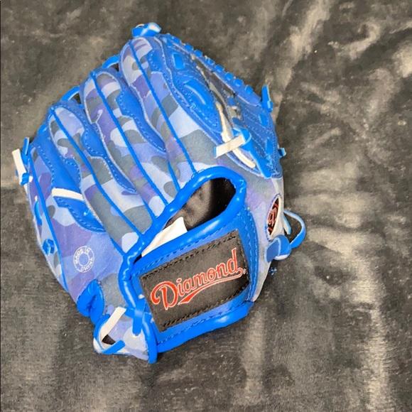 Little kids baseball glove